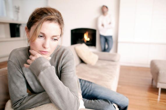 Look Out For These Signs of Emotionally Unavailable Men