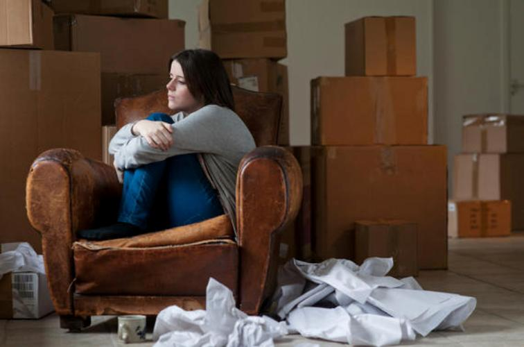 5 Essential Things Every Woman Must Have to Survive the Stages of Grief in Divorce