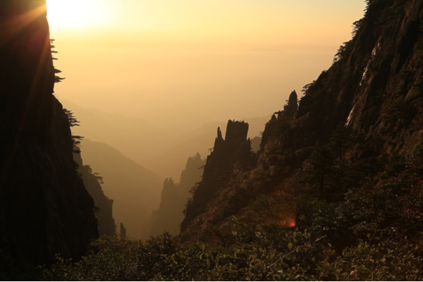 Huangshan Mountain Sunrise